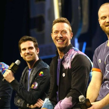 1727734429-american-football-super-bowl-coldplay-halbzeitshow-chris-martin-lAO5UNKxBef