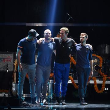 Chris+Martin+2015+iHeartRadio+Music+Festival+7Qjuu0aOXW2l