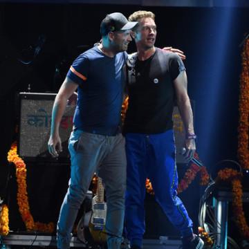 Chris+Martin+2015+iHeartRadio+Music+Festival+MqDBfb2Jogrl