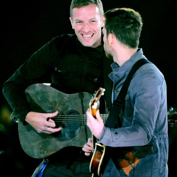 Guy+Berryman+2012+MusiCares+Person+Year+Tribute+Vz8O728_X6Zx