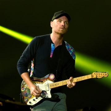 Jonny+Buckland+Coldplay+Performs+Rose+Bowl+ntuzIykaknZx
